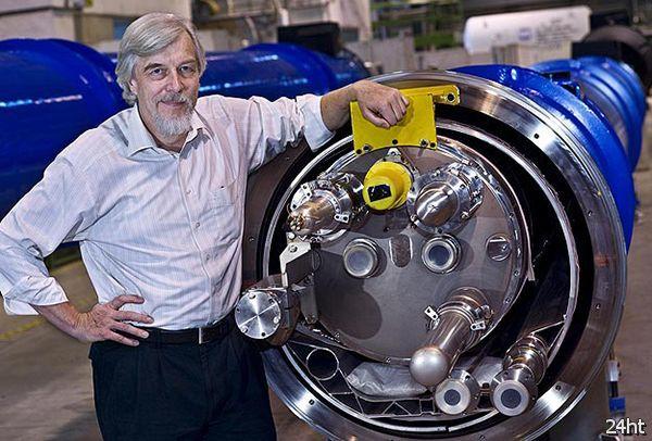 Большой адронный коллайдер проработает без перерыва до конца 2012 года