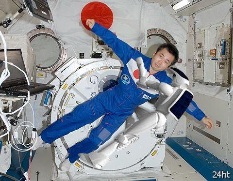 Япония отправит гуманоидного робота в космос в 2013 году