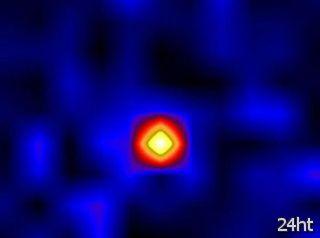Астрономы впервые поймали поляризованный свет от чёрной дыры