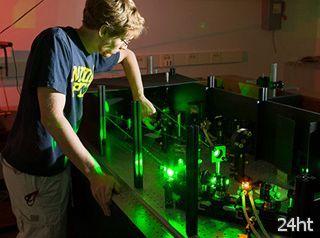 Учёные нашли неожиданный метод конверсии света в ток