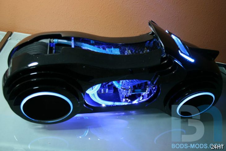 Моддинг: впечатляющий Tron Lightcycle PC