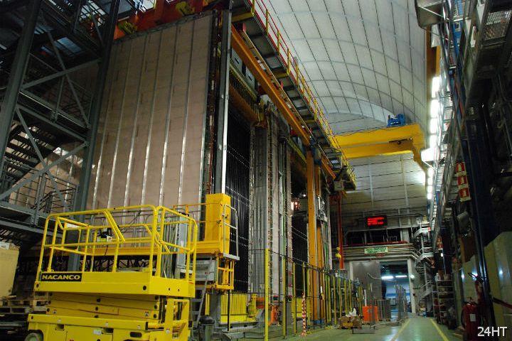 Физики заподозрили нейтрино в преодолении скорости света