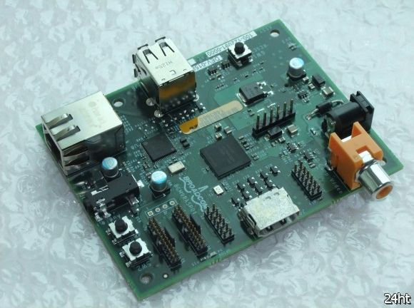 Raspberry Pi - одноплатный ПК поступил в продажу (2 видео)
