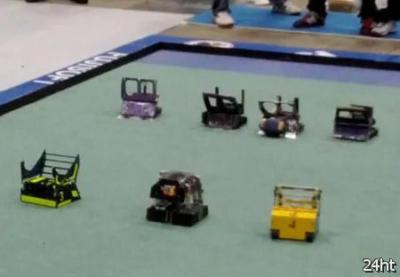 Роботы играющие в американский футбол (видео)