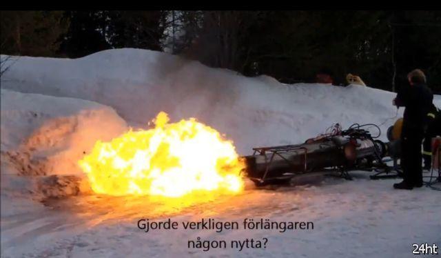Санки с ракетным приводом (3 видео)