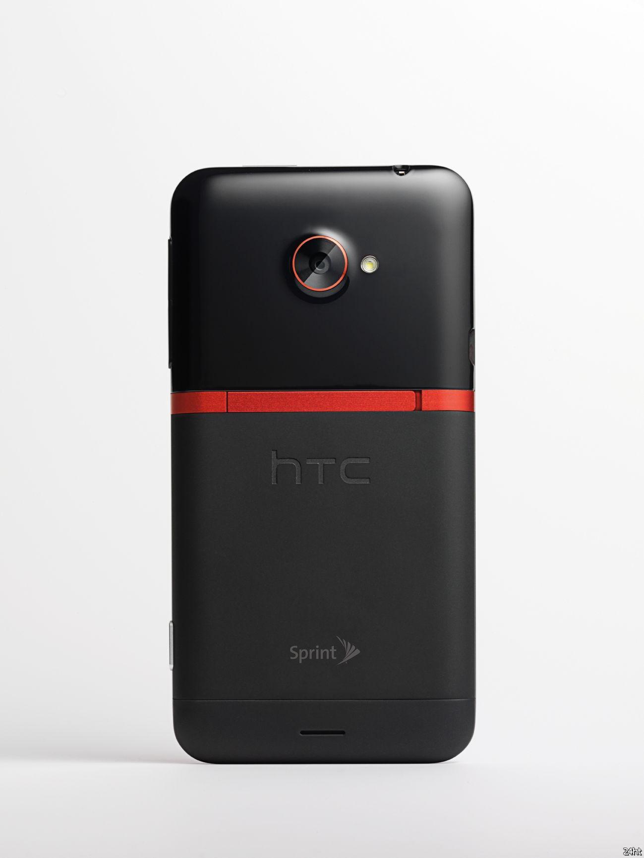 HTC EVO 4G LTE: смартфон с HD дисплеем и технологиями HD Voice и Beats Audio