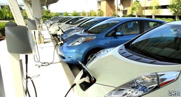 Nissan открывает в США 15 бесплатных АЗС для электромобилей (видео)