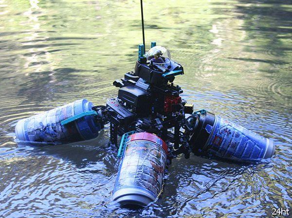Плавающий робот из конструктора Lego (видео)