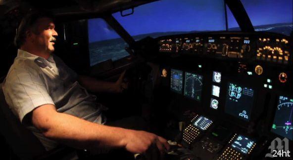 Симулятор Boeing 737 в гараже (видео)