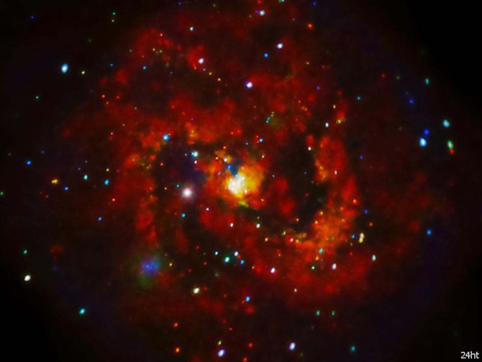 Остатки сверхновой рассыпаны в небе словно драгоценные камни