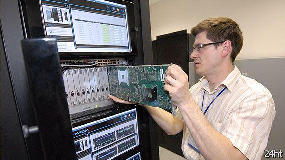Российская академия наук построит суперкомпьютер мощностью 10 петафлопс