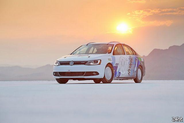 Volkswagen Jetta Hybrid поставил рекорд скорости для гибридных автомобилей