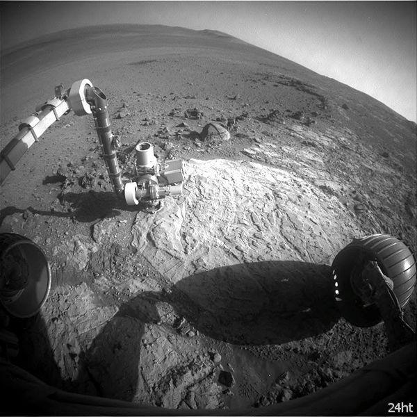 """Марсоход """"Оппортюнити""""изучает новый горный пласт"""