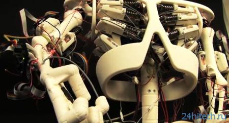 Человекоподобный робот с искусственными сухожилиями