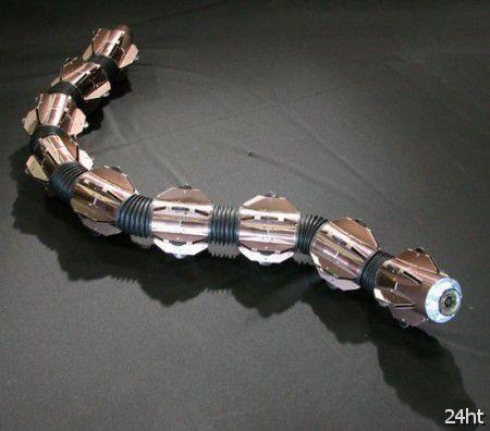 Японцы усовершенствовали змееподобного робота