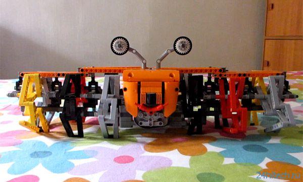 Ракообразный робот из Lego