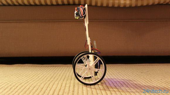 Двухколесный самобалансирующийся робот (видео)
