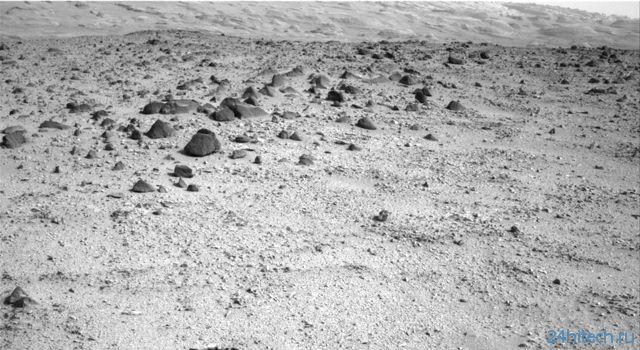 "Марсоход ""Курьозити"": медленно, но уверенно"