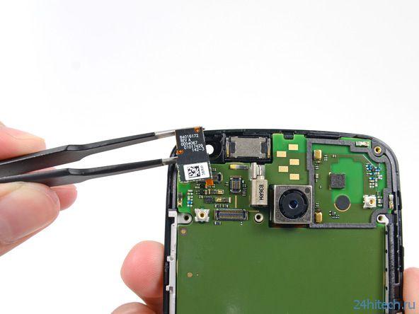 Мастера iFixit разобрали Moto X и оценили его вполне ремонтопригодным