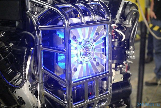 DARPA представляет робота Атлас