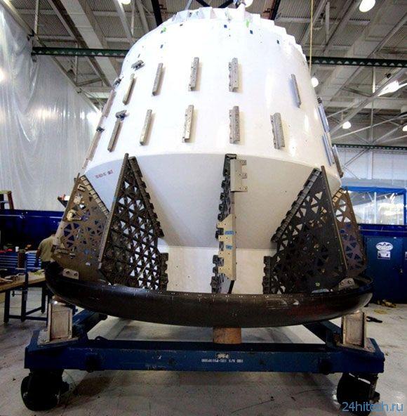 NASA и SpaceX надеются отправить космонавтов к МКС в ближайшие 4 года
