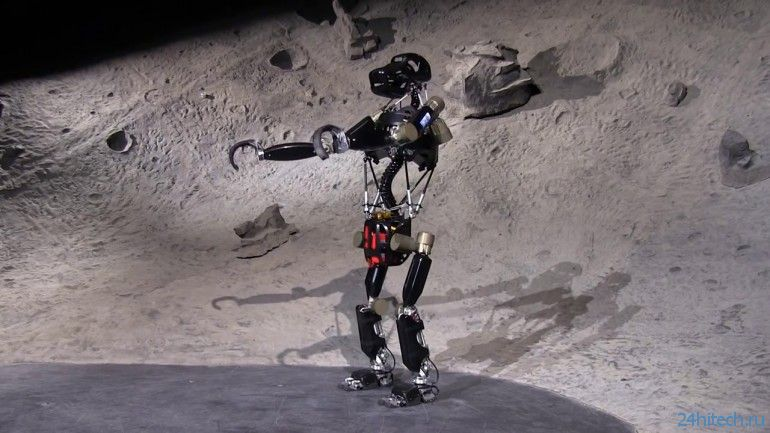 Робот-обезьяна iStruct хвастается своими новыми возможностями