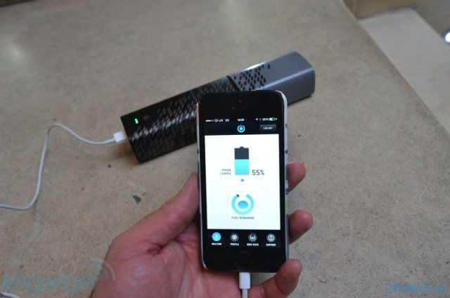 USB-зарядка на топливных элементах ( фото + видео)