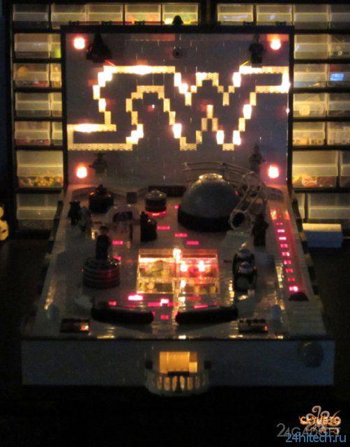 Самодельный пинбольный аппарат из LEGO (3 фото)