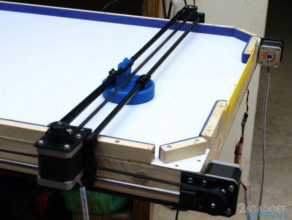 Робот для игры в аэрохоккей (видео)