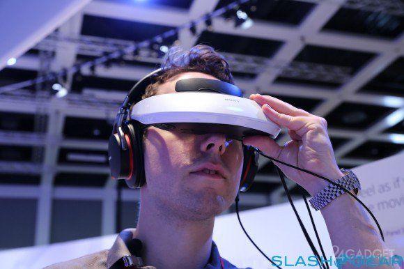 Шлем виртуальной реальности для PlayStation 4 (3 фото)