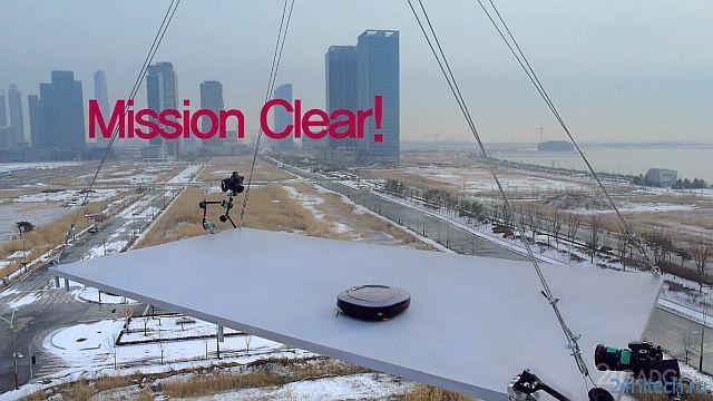 Тест роботов-пылесосов в экстремальных условиях (3 видео)