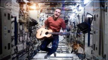 Астронавт Крис Хэдфилд готовится выпустить записанный в космосе альбом
