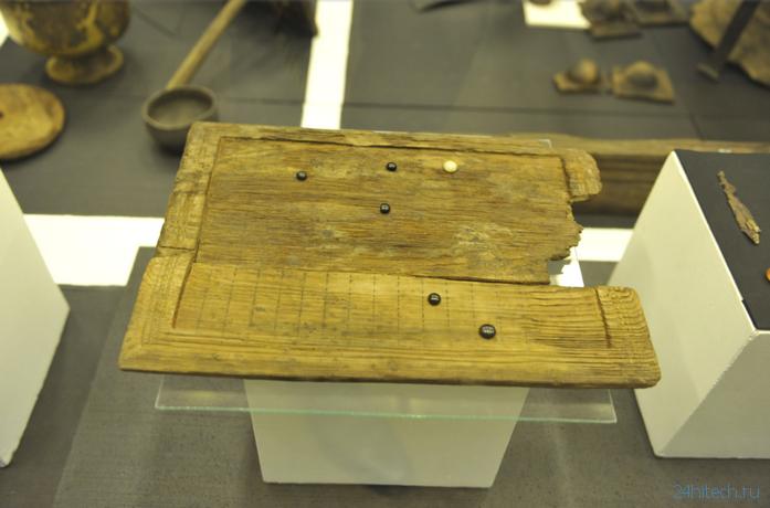 На древнеримской игральной доске играли в неизвестную игру