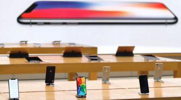 iPhone Demo (витринный Айфон): что это, можно ли купить и чем отличается от обычного?