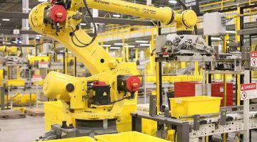 Робот устроил «диверсию» на складе Amazon, 24 человека попали в больницу