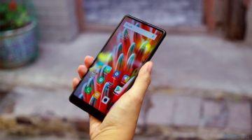 MIUI 12 позволит управлять смартфонами Xiaomi прикосновениями к задней крышке